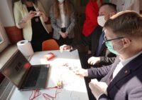 Uroczystość otworzenia Kindloteki w Centrum Integracji Społecznej w Świętochłowicach