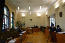 Obrady sesji Rady Miejskiej w Świętochłowicach, radni